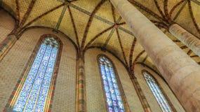 Basilika San Sernin, Spalten und Dach, Innenarchitektur, Toulouse, Frankreich lizenzfreie stockbilder
