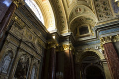 Basilika Str.-Stephens, Innen lizenzfreie stockfotografie