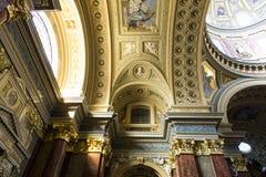 Basilika Str.-Stephens, Innenschuß lizenzfreie stockbilder