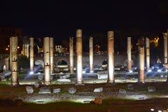 Basilika Ulpia, alte Säulen, Rom Lizenzfreies Stockfoto