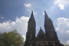 Basilika von St Peter und von Paul an VyÅ-¡ ehrad lizenzfreie stockbilder