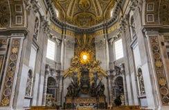Basilika von St Peter, Vatikanstadt, Vatikan Stockfotos