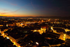 Basilikadi San Lorenzo på natten arkivfoton