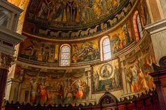 Basilikadi Santa Maria i Trastevere, Rome, Italien Royaltyfria Foton