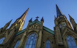 Basilikadomkyrka för St Dunstans i den soliga dagen i Charlottetown arkivfoton