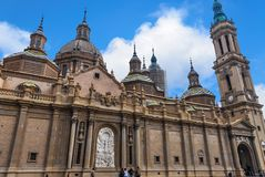 Basilikadomkyrkan av vår dam av pelaren fotografering för bildbyråer