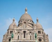 Basilikan av den sakrala hjärtan av Jesus på Montmartre i Paris Royaltyfri Foto
