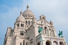 Basilikan av den sakrala hjärtan av Jesus på Montmartre i Paris Arkivbilder