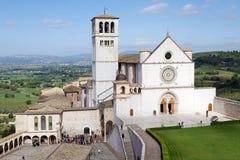Basilikan av den San Francesco d'Assisien, Assisi, Italien Arkivfoton