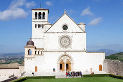 Basilikan av den San Francesco d'Assisien, Assisi, Italien Royaltyfria Bilder