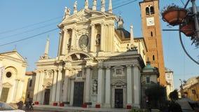 Basilikan av San Giovanni Battista i Busto Arsizio, Italien arkivbilder