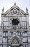 Basilikan av Santa Croce i Florence, Italien arkivbilder