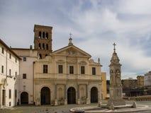Basilikan av St Bartholomew på ön royaltyfri bild