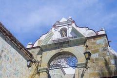 Basilikan av vår dam av ensamhet i Oaxaca Mexico Royaltyfri Bild