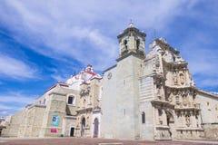 Basilikan av vår dam av ensamhet i Oaxaca Mexico Arkivfoton
