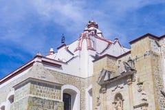 Basilikan av vår dam av ensamhet i Oaxaca Mexico Arkivbilder