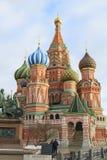 Basilikum ` s Kathedrale auf Rotem Platz stockfotos