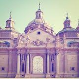 Basilique à Zaragoza photo libre de droits