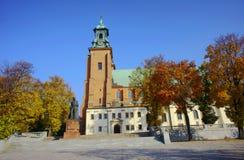 Basilique d'Archicathedral dans Gniezno Images libres de droits