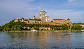 Basilique d'Esztergom photographie stock libre de droits