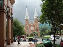 Basilique de cathédrale de Saigon Notre-Dame en Ho Chi Minh, Vietnam Image libre de droits