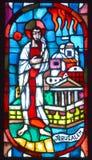 Basilique des fenêtres en verre teinté de Notre-Dame-du-chapeau Images libres de droits