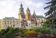 Basilique royale d'Archcathedral des saints Stanislaus et Wenceslaus, colline de Wawel photos stock