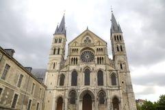 Basilique Saint Remi france reims Arkivbilder
