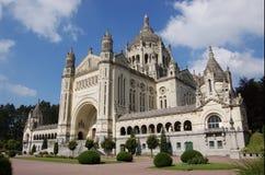 Basilique Sainte-Thérèse en Lisieux Imagenes de archivo
