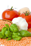 basilu czosnku soczewic cebuli pomidory Zdjęcie Royalty Free