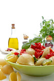 basilu końcówka włoski makaronu pomidoru whit Obraz Stock