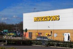 Basingstoke, R-U - 9 mars 2017 : Extérieur du supe de Morrisons Photo libre de droits