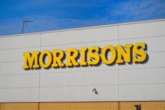 Basingstoke, R-U - 9 mars 2017 : Extérieur du supe de Morrisons Photographie stock