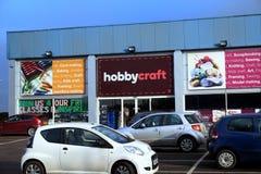 Basingstoke, Reino Unido - 25 de janeiro de 2017: Parte dianteira e parque de estacionamento exteriores da loja Imagem de Stock