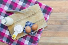 Basisingrediënten voor baksel en dessert Royalty-vrije Stock Fotografie