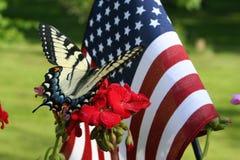 Basisrecheneinheit und amerikanische Flagge lizenzfreie stockbilder