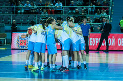 Basket-ball de jeu de filles Image stock