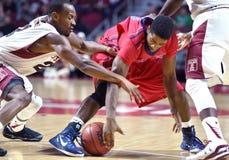 2014 basket-ball de NCAA - grands 5 Photos stock