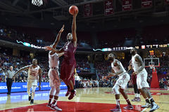 2015 basket-ball de NCAA - St Joe au temple Photographie stock