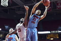 2015 basket-ball de NCAA - temple contre l'état du Delaware Photo stock
