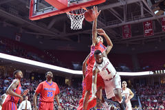 2015 basket-ball de NCAA - Temple-La de quarts de finale de LENTE technologie Images libres de droits
