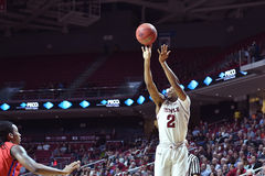 2015 basket-ball de NCAA - Temple-La de quarts de finale de LENTE technologie Photographie stock