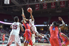 2015 basket-ball de NCAA - Temple-La de quarts de finale de LENTE technologie Photo stock