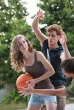 Basket-ball de rue Photographie stock libre de droits