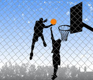 Basket-ball sur la rue Photos stock