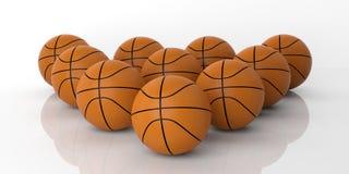 basket-balls du rendu 3d sur le fond blanc Image libre de droits