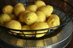 Basket of fresh lemons Royalty Free Stock Images