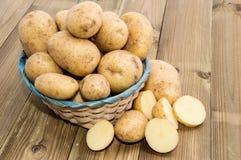 Basket with fresh Potatoes Royalty Free Stock Image