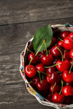 Basket with fresh sour cherries Royalty Free Stock Photos