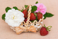 Basket with fresh strawberry royalty free stock images